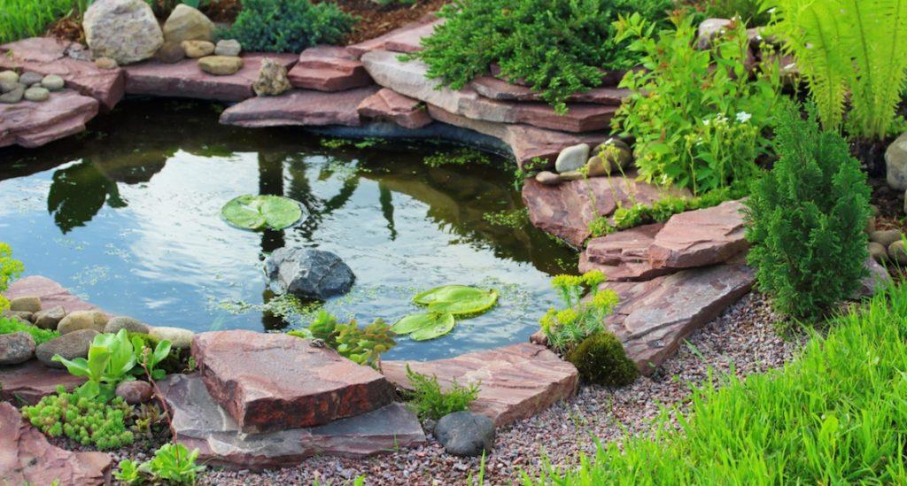 Ландшафтный дизайн - искусственный пруд
